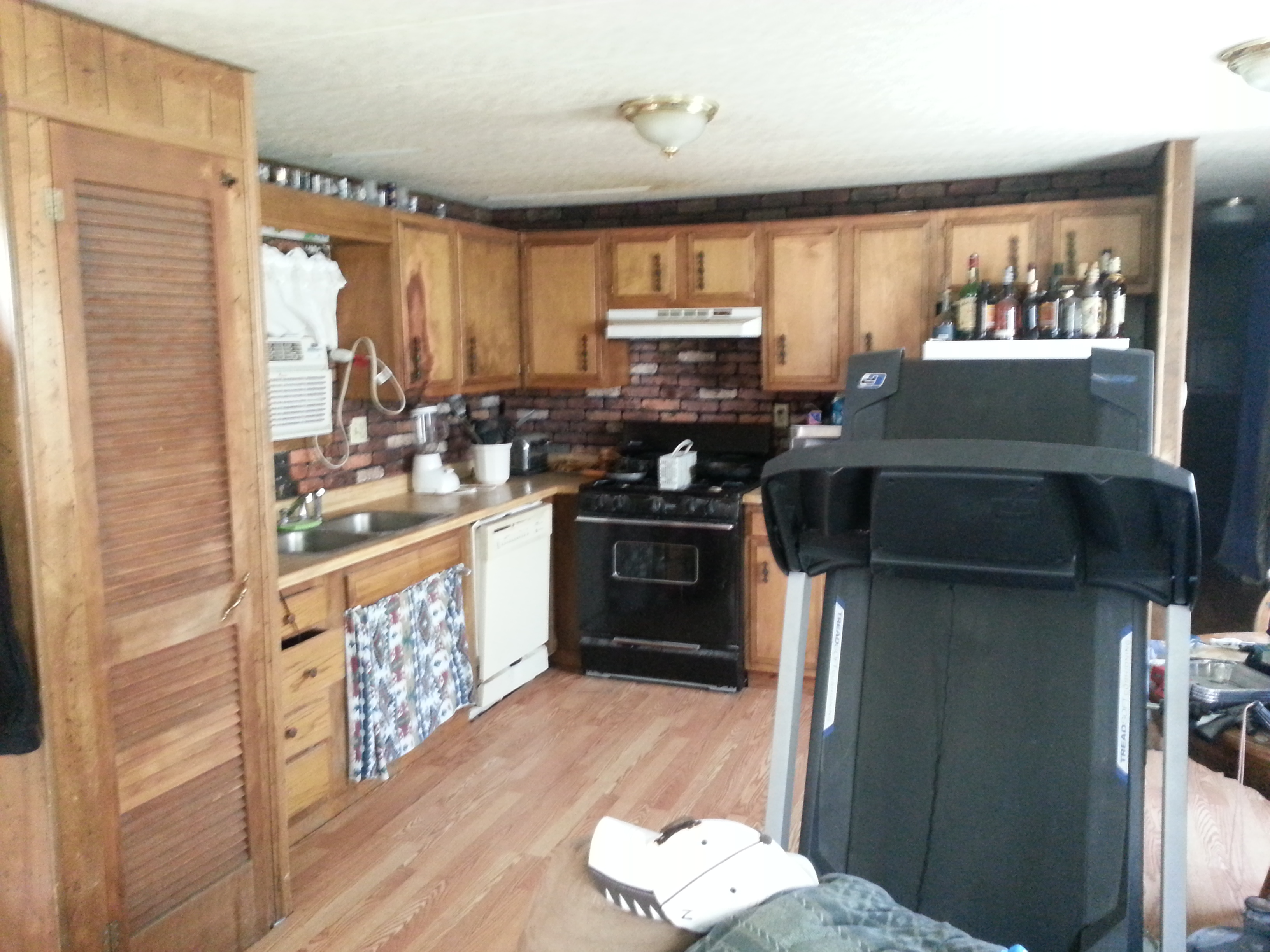 1st North S. 3 Bed Moble Home Kitchen